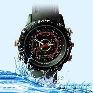 <小型カメラ>30m防水仕様 腕時計型ビデオカメラ  HD画質 800万画素 8GB内蔵