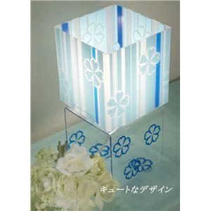 テーブルランプ(照明器具/卓上ライト) アクリル製 スクエア型 花柄 ブルー(青) 〔リビング照明/寝室照明/ダイニング照明〕【電球別売】